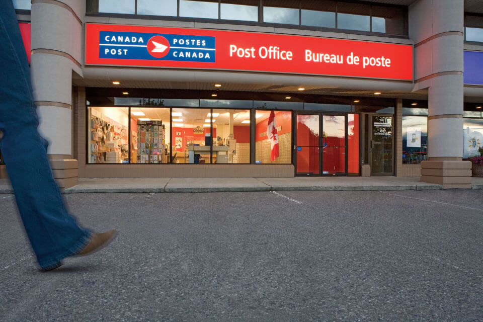 canada post office tracking